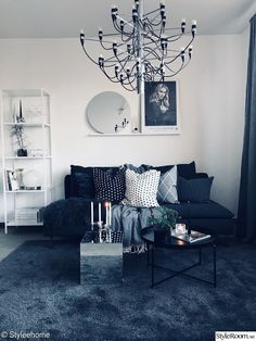 Gråa nyanser i lilla ettan - Hemma hos Styleehome Room Inspiration, Interior Inspiration, Living Room Designs, Living Room Decor, Room Interior, Interior Design, Pretty Room, Dark Interiors, Decorating Small Spaces