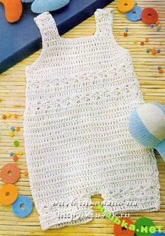This cutiful baby one-piece outfit has a basic diagram, but the image is so good, that the filet work can be followed just by looking at it.