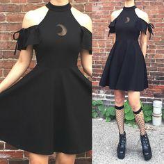 2018 Kawaii Goth-heart belt skirt Material:Acrylic,Cotton SIZE Length waist S - Clothes - Gothic Edgy Outfits, Pretty Outfits, Pretty Dresses, Cool Outfits, Elegant Dresses, Sexy Dresses, Summer Dresses, Formal Dresses, Wedding Dresses