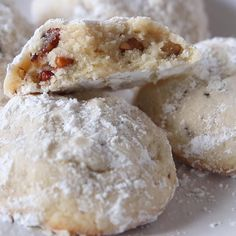 Mexican Cookies, Mexican Wedding Cookies, Wedding Cookie Recipes, Authentic Mexican Desserts, Mexican Dessert Recipes, Easy Baking Recipes, Snack Recipes, Snacks, Fluff Desserts