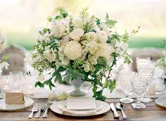 Low Wedding Centerpieces, Wedding Table Decorations, Flower Centerpieces, Table Centerpieces, Stage Decorations, White Centerpiece, Table Flowers, Wedding Flowers, Wedding Gowns