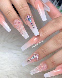 32 Stylish Acrylic Long Nails Design For Autumn .- Long nails design ideas, long nails fall out, acrylic coffin nails, Bling Acrylic Nails, Glam Nails, Best Acrylic Nails, Rhinestone Nails, Bling Nails, Stiletto Nails, Pastel Nails, Rhinestone Nail Designs, Kylie Nails