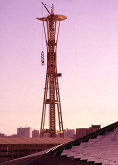 Space Needle construction
