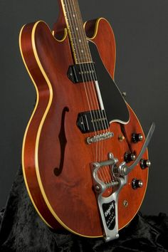 Gibson Semi-Hollow ES-330 VOS Bigsby - Antique Red