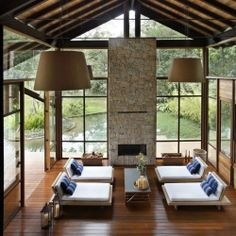 House in Itaipava by Cadas Architecture.