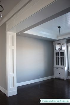 Formal Dining Room Wall Trim Dise Atilde Plusmn O Interiores Casas Molduras Home Renovation, Home Remodeling, Bathroom Remodeling, Porte Diy, Plafond Design, House Trim, Moldings And Trim, Crown Moldings, Door Molding