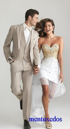 Handsome 2016 Custom Made Wedding Suits For Men Groom / Groomsmen Tuxedos Mens Wedding Suits Jacket+Pant+Vest+Tie Prom Looks For Guys 2015 Prom Mens Suits From Mentuxedos, $77.49| Dhgate.Com