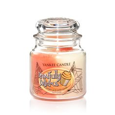 Yankee Candle Dreadfully Delicious Pumpkin Pie and Vanilla Cupcake