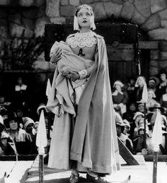 Lillian Gish in The Scarlet Letter (1926, dir. Victor Sjöström)