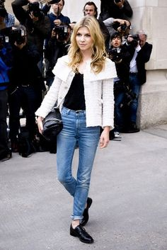 What Wear - Clemence Poesy Chanel Couture Spring 2013 tweed jacket; vintage Levi's jeans; Jeans Et T-shirt, T Shirt And Jeans, Blue Jeans, Shirt Jacket, Who What Wear, Clémence Poesy, Looks Style, My Style, French Style