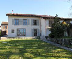 Lovely fully-restored property in the Geneva countryside in Corsinge
