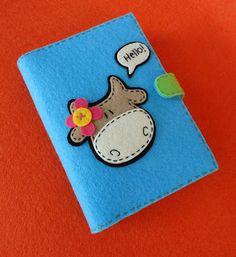 Agenda of boekomslag van vilt Zelf een omslag uit vilt maken? Kijk voor vilt eens op http://www.bijviltenzo.nl