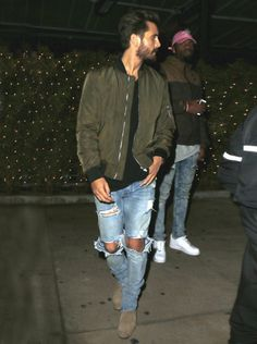 Scott Disick goes out with Chris Brown in Los Angeles #scottdisick #zara…