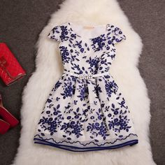 Flower embroidery fashion dress Mz1