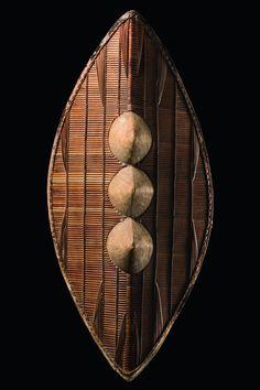 Uganda, Ganda people  H: 71 cm; Provenienz: Kutzian, Berlin, Germany  Vergleichsliteratur Barbier, Jean Paul, Benitez-Johannot, P., Shields, Munich, London, New York 2000, p. 109  Preis: 1500 - 3000 €  Read more: http://www.tribal-art-auktion.de/de/catalogue185/c100_501/#ixzz33l9LtAbU