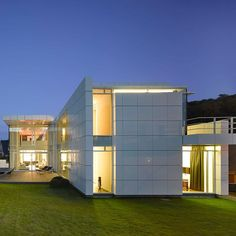 Pin for Later: 20 Contemporary Homes That Look Like They're From the Future Luxembourg