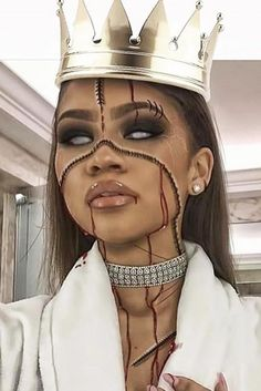 Zendaya halloween make up Pretty Halloween, Halloween Inspo, Halloween Makeup Looks, Halloween Halloween, Zendaya Coleman, Cosplay Make-up, Helloween Make Up, Horror Make-up, Lipbalm