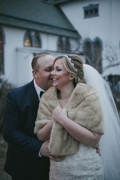 Winter Wedding Fur, Winter Wedding Bridesmaids, Winter Bride, Winter Wonderland Wedding, Brides And Bridesmaids, Vintage Fur, Vintage Bridal, Vintage Glamour, Fur Jackets