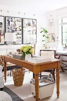 Beautiful, country-inspired officesIn this office, a timeless view of the country proves to be inviting and functional. A large desk, which once served as a dining table, anchors the office. Home Office Design, Home Office Decor, Office Furniture, Home Decor, Vintage Office Decor, Office Ideas, Cottage Office, Vintage Home Offices, Design Offices