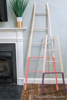 Tapered Blanket Ladder Build a Tapered Blanket Ladder to display all those heirloom quilts for the whole family to see this holiday season! a Tapered Blanket Ladder to display all those heirloom quilts for the whole family to see this holiday season! Woodworking Classes, Easy Woodworking Projects, Popular Woodworking, Woodworking Furniture, Diy Wood Projects, Diy Furniture, Woodworking Plans, Steel Furniture, Woodworking Magazine