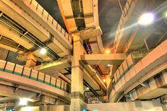 [フリー画像] 建築・建造物, 道路・線路, 夜景, 日本, 東京都, 201101021900 東京 水天神、箱崎ジャンクション