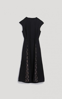 Funnel neck dress with slightly capped sleeve #rachelcomey