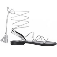 Anine Bing Lace Up Sandals With Tassels In Silver (1.065 BRL) ❤ liked on Polyvore featuring shoes, sandals, silver, tassel shoes, lace-up sandals, silver sandals, laced sandals and lace up shoes