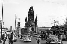 Germany, Berlin, Gedaechtniskirche. The ruin 1956
