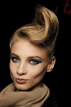 Anna Selezneva.  Marc Jacobs Fall 2009 Ready-to-Wear Beauty Photos - Vogue