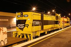 T376-T381 on a sleeper train wait to runaround at Broadmeadows
