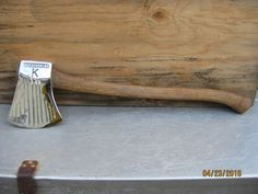 Beautiful vintage 5 Lb. fluted Keesteel Australian competition racing axe