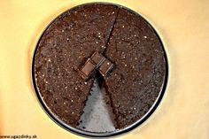 Čokoládovo oriešková torta bez lepku Candy, Chocolate, Desserts, Food, Basket, Tailgate Desserts, Deserts, Essen, Chocolates