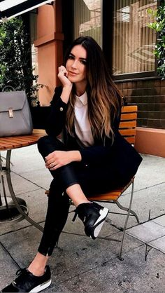 20 Office Outfits Women To Rock This Winter 20 Office Outfits Office. 20 Office Outfits Women To Rock This Winter 20 Office Outfits Wome. Outfit Chic, Smart Casual Outfit, Casual Winter Outfits, Chic Outfits, Spring Outfits, Fashion Outfits, Style Fashion, Casual Chic, Womens Fashion