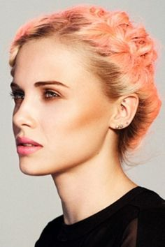 Coral hair {Katy Perry would look amazing with this hair color}