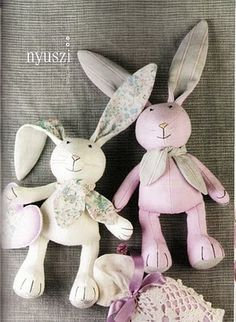 Bunny pattern- I'm hoping my friend can help me figure out how to make these. They are adorable.
