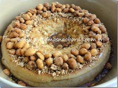 Pudim de Amendoim: http://www.pintomasnaobordo.com.br/2013/05/pudim-de-amendoim.html