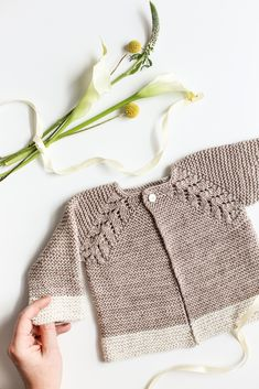 Knit Top Down Cardigan Baby Sweater ~ https://www.flaxandtwine.com/2017/03/knit-top-down-cardigan-baby-sweater/