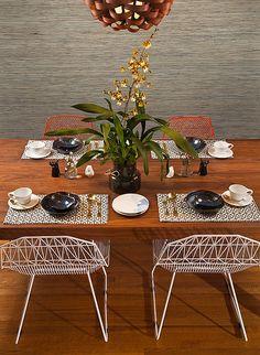 Minimal fresh Weego tablescape