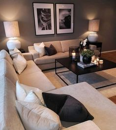 Keep up to date with the latest small living room decor ideas (chic & modern). Find good ways to get stylish design even if you have a small living room. Small Living Room Decor, Home, Apartment Living Room, House Interior, Apartment Decor, Living Room Furniture Layout, Living Decor, Home And Living, First Apartment Decorating