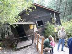 Went to this vortex house in Montana when I was a kid. Very cool
