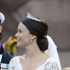 Close-Ups of Princess Sofia Hellqvist's Wedding Updo—and Her Stunning Tiara
