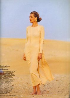1036e00806  Easy Pieces of the Great Escapes  from……Vogue UK April 1992 feat