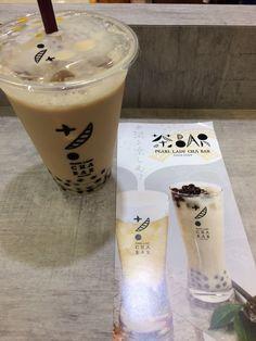 """柚木@22日オリ学/虎幸村 on Twitter: """"池袋にこんなお店があったんだ! 色んなお茶とか紅茶のドリンクがあって甘さとか氷の量、あと無料でトッピングも選べるという✨  今回は台湾紅茶ラテを選んでみました! https://t.co/jKX3xnQVH1"""""""