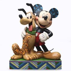 Jim Shore Disney Traditions Best Pals Mickey and Pluto Figurine 4048656 for sale online Mickey Mouse, Disney Mickey, Walt Disney, Disney Figurines, Collectible Figurines, Disney Statues, Biscuit, Disney Ornaments, Disney Traditions