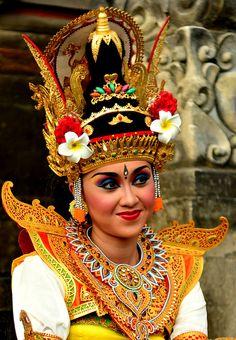 Balinese Dancer by surya_peradantha029 on Flickr
