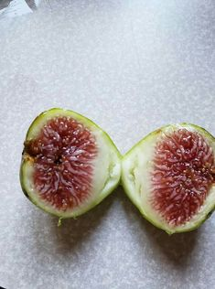Strawberry Verte Planter, Propagation, Figs, Plum, Strawberry, Fruit, Strawberry Fruit, Strawberries, Fig