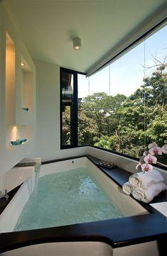 Foto: studioh55 Big Bathtub, Big Tub, Dream Bathrooms, Beautiful Bathrooms, Dream Rooms, Bathroom Spa, Royal Bathroom, Bathroom Interior, Master Bathroom