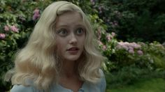 Miss Peregrine's Home for Peculiar Children Clip: Hold Tight #MissPeregrinesHomeforPeculiarChildren #AsaButterfield #EvaGreen
