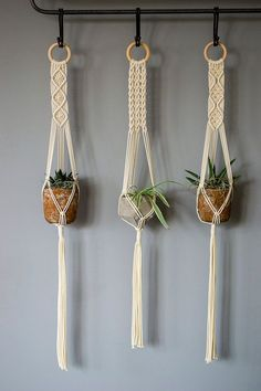 macrame plant hanger+macrame+macrame wall hanging+macrame patterns+macrame projects+macrame diy+macrame knots+macrame plant hanger diy+TWOME I Macrame & Natural Dyer Maker & Educator+MangoAndMore macrame studio Macrame Design, Macrame Art, Macrame Projects, Macrame Knots, Micro Macrame, Macrame Mirror, Woven Wall Hanging, Hanging Plants, Hanging Basket
