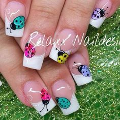 Consulta esta foto de Instagram de @decorados Fancy Nail Art, Fancy Nails, Pretty Nails, Ladybug Nails, Manicure, Nails 2016, Nails For Kids, Flower Nails, Beauty Nails